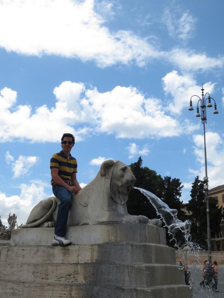 Lion in Piazza del Popolo