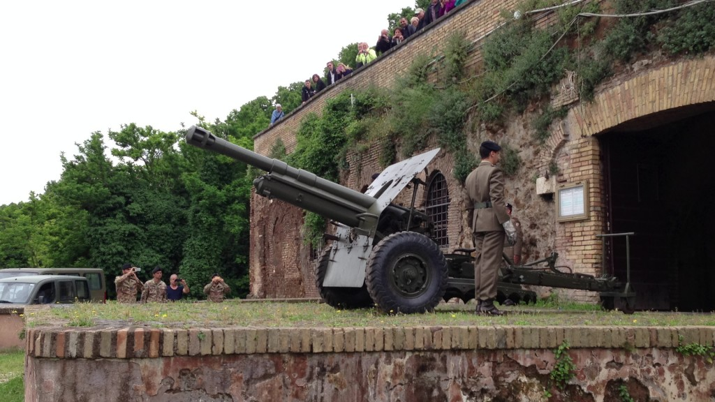 Howitzer on the Janiculum in Rome, Italy