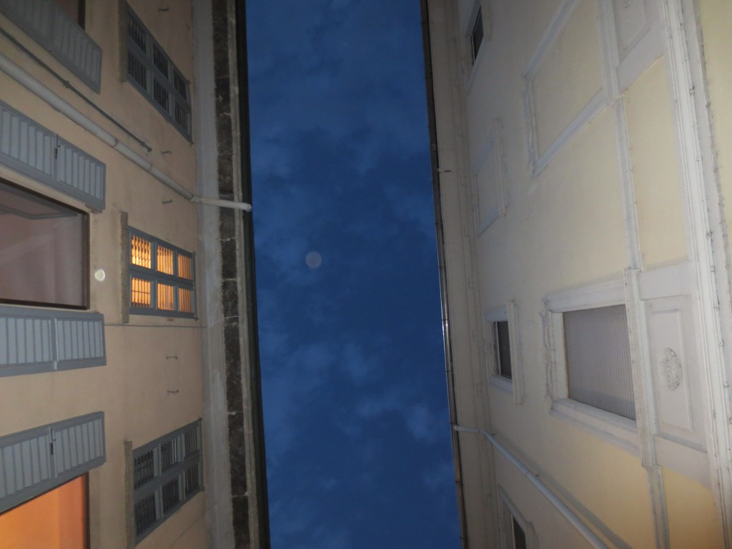 moon in Milan