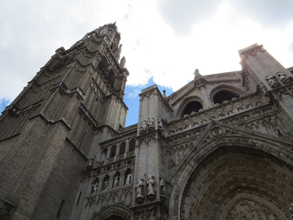 The facade of the Catedral Primada Santa Maria de Toledo.