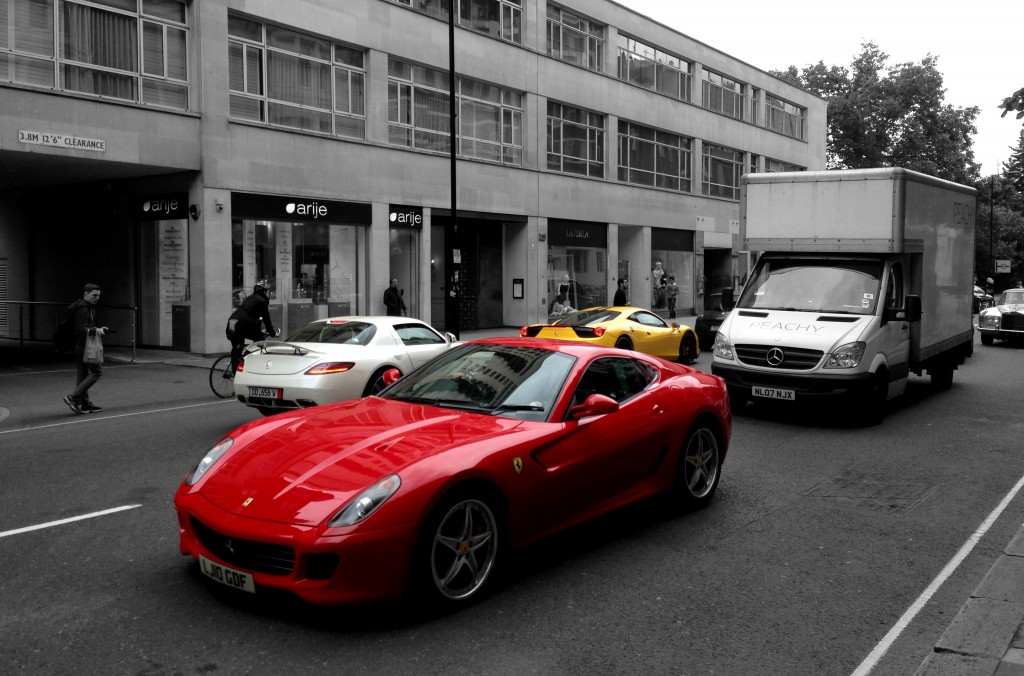 Ferrari 599 GTB (Red), Mercedes SLS (Pearl White), Ferrari 458 Italia